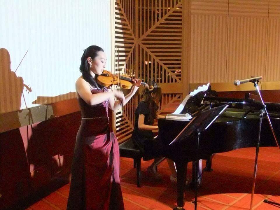 個人のお客様からの演奏依頼『披露宴・結婚式バイオリン派遣演奏』inヒルトン東京