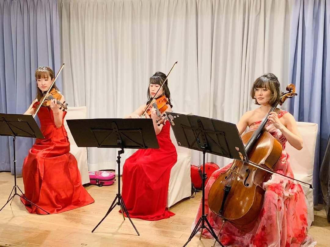 クルーザーで弦楽三重奏の生演奏